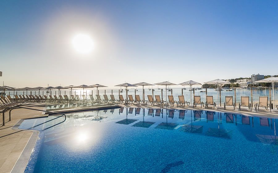 Photo gallery of the globales santa lucia hoteles globales for Piscina santa lucia
