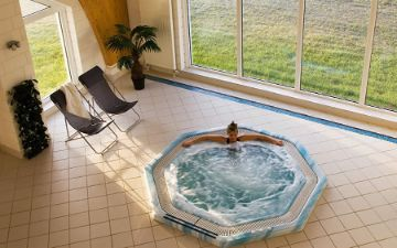 Globales Post Hotel & Wellness - jacuzzi