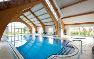 hoteles globales post & wellness hallenbad